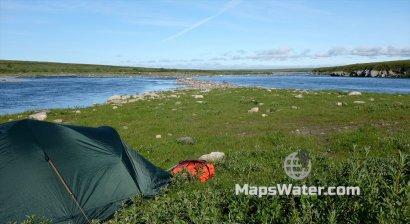 Лагерь на слиянии рек Большой Усы и Ния-ю