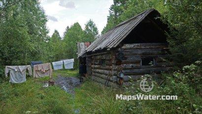 Рыбацкий домик, где мы пережидали непогоду (р.Тайгиш)
